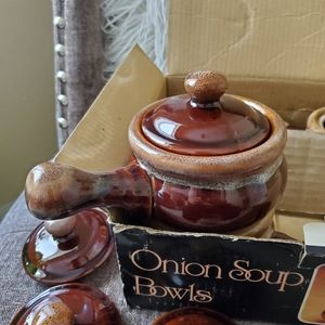Other - Vintage onion soup bowls in box